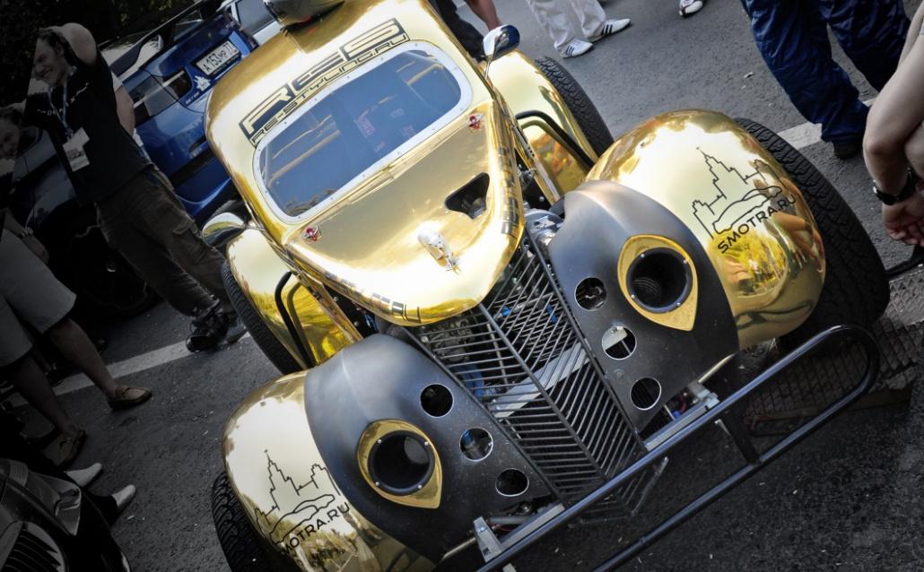 Rolls-Royce Phantom Coupe Гонка Легенда.