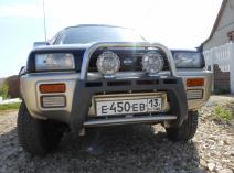 Nissan Mistral (R20)