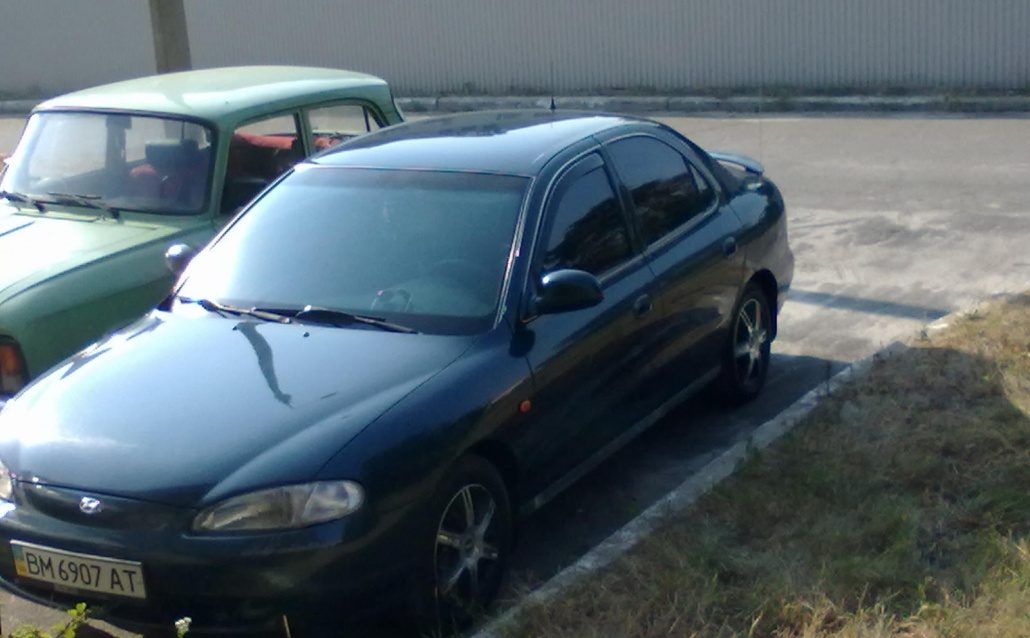 Hyundai Lantra II моя малышка