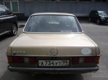 Mercedes-Benz 230 (W123)