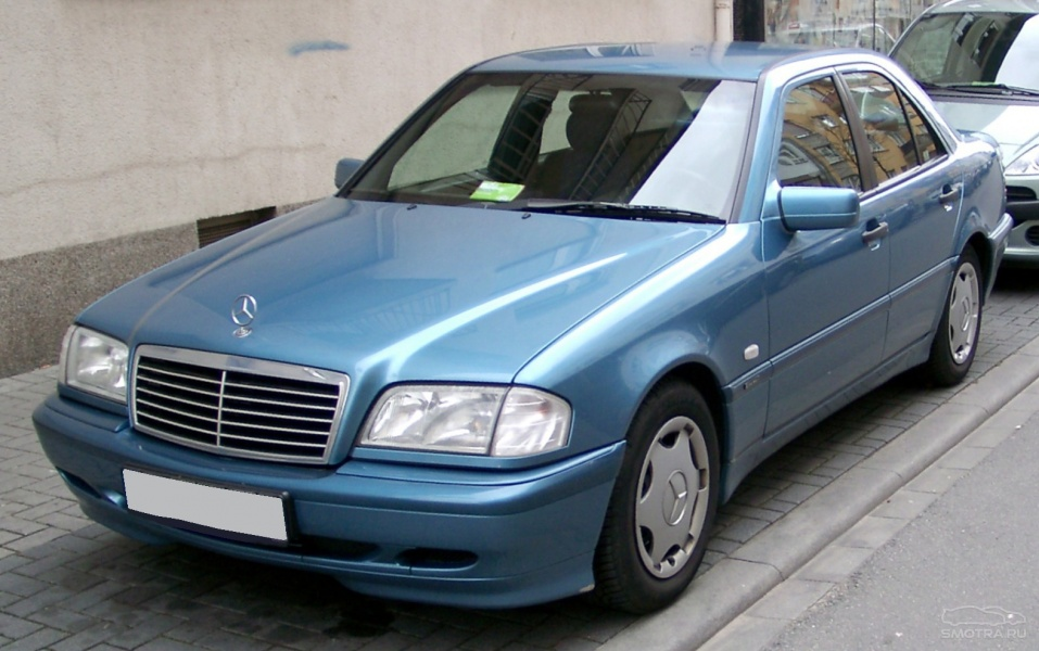 File:Mercedes b W202 /b front 20…