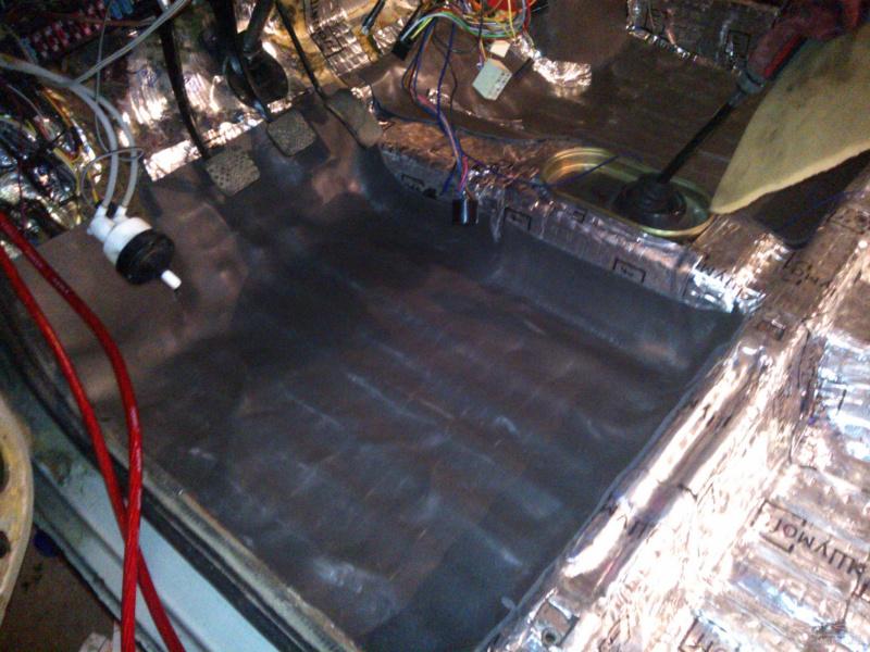 Вот так вот прошел второй день, еще попробовали установить электро стекло подъемники но из-за тупого оковского...