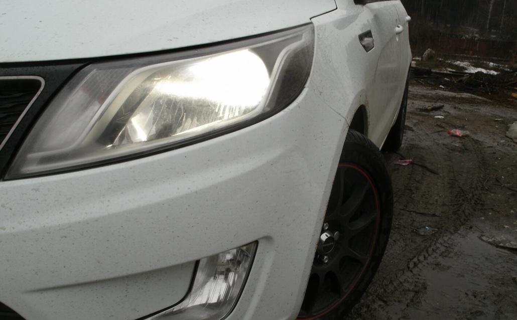 Kia Rio III Sedan White Baby