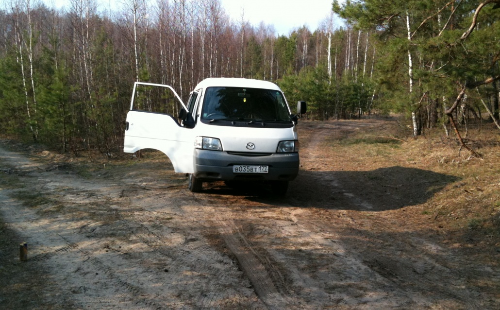 Mazda Bongo SK82V Его нет