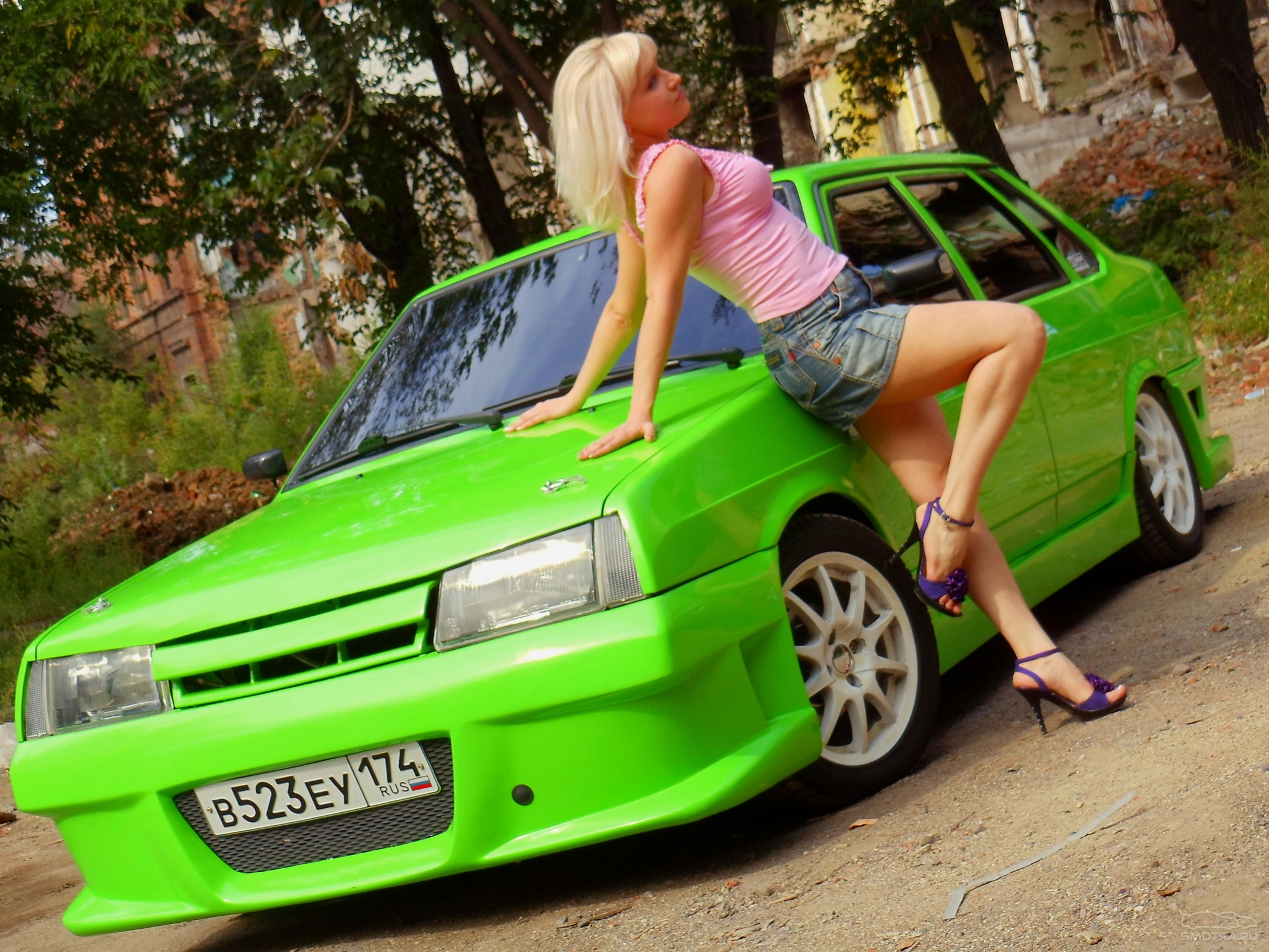 Фото голые девушки и ваз, Ваз и девушки ВКонтакте 6 фотография