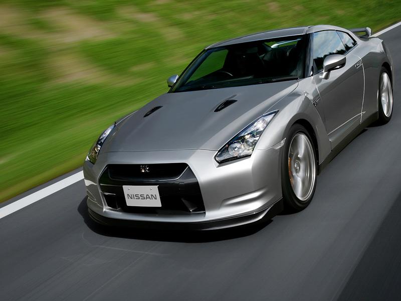Неотразимый красавчик Nissan.  (6 …